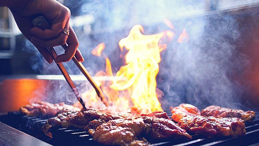 Uso de arcilla para tratar quemaduras realizadas con la barbacoa