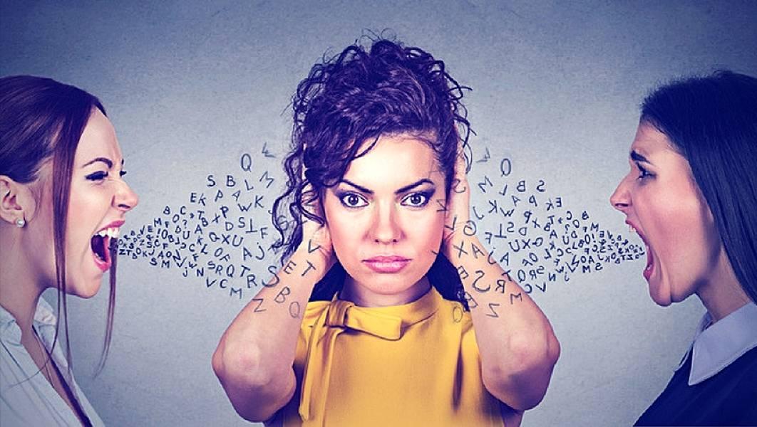 Las vibraciones negativas que generan algunas personas al hablar
