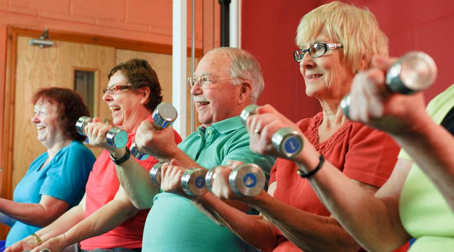 9 hábitos saludables para vivir más tiempo: ejercicio físico