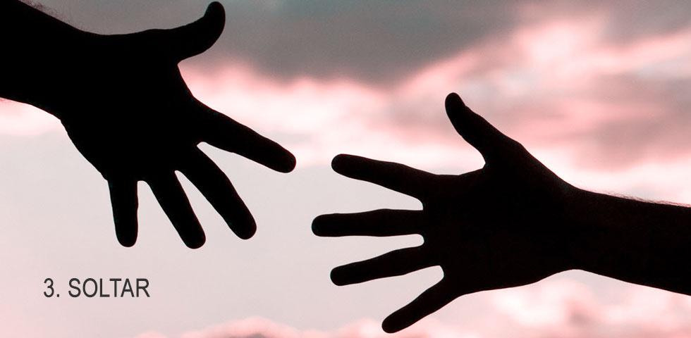 consejos para afrontar el día de una forma más positiva: soltar