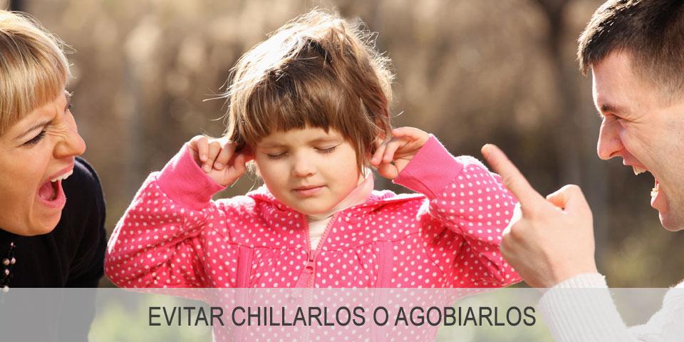 Cómo evitar el estrés en los niños: evitar chillarlos o agobiarlos