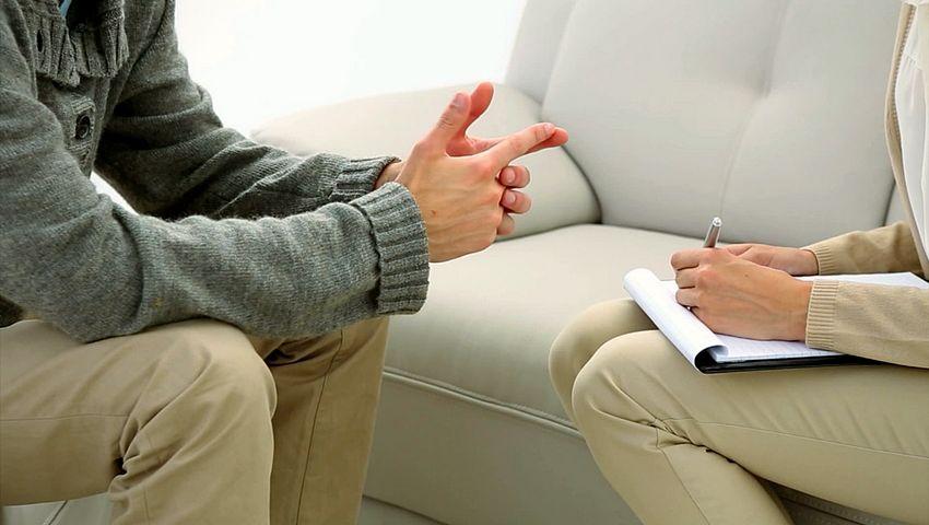 Los beneficios de usar psicoterapia para tratar la depresión