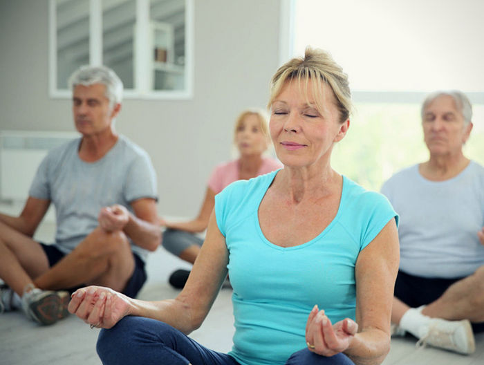 El uso de Yoga Nidra y Mindfulness para el tratamiento de trastornos de memoria de la tercera edad