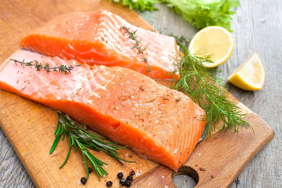 Alimentos ricos en vitamina d - el salmón es uno de los alimentos más ricos