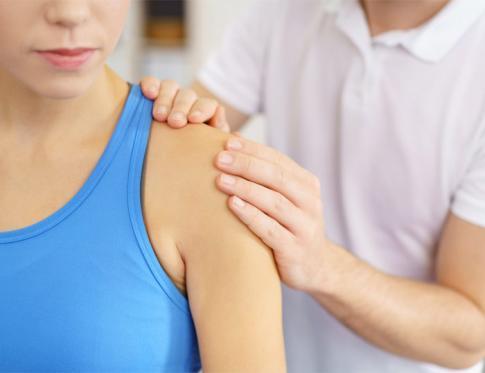 Cómo curar la periartritis de hombro