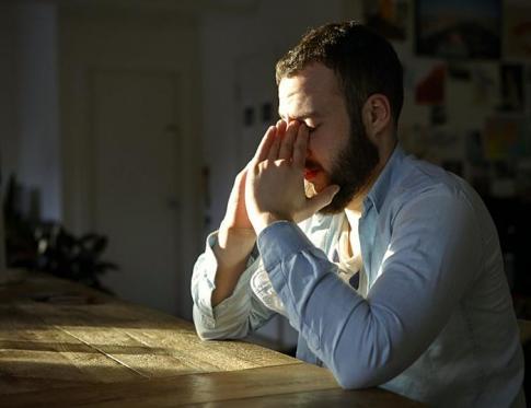 Cómo tratar transtornos de ansiedad con PNL