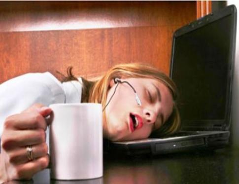 La falta de sueña eleva la hormona del estrés.