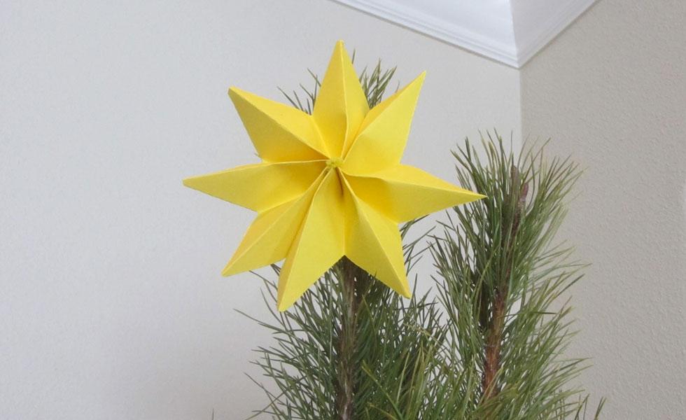 La estrella en un árbol de navidad - trae energía en el Feng Shui