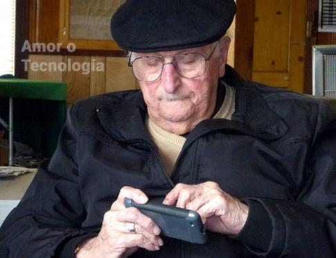 Amor o tecnología para frenar el Alzheimer