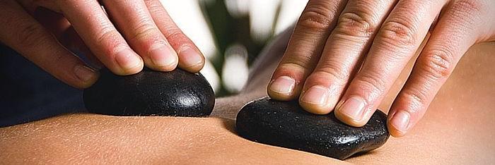 El masaje con piedras calientes