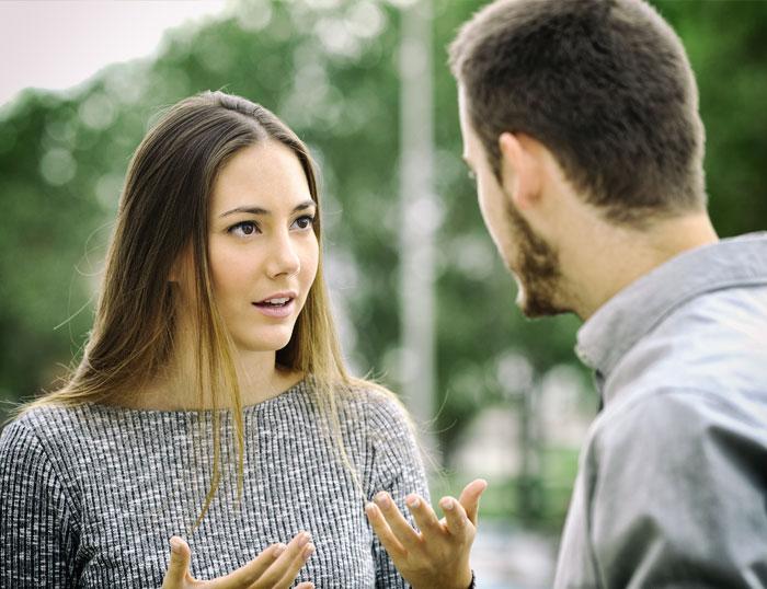 Comprendiendo a la pareja: pareja hablando entre si