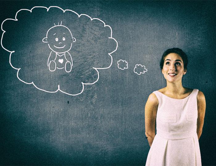 3 consejos para potenciar fertilidad de forma natural - mujer soñando con tener un hijo